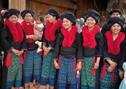 Mien Women in traditional dress